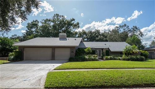 Photo of 2767 WESTCHESTER DRIVE N, CLEARWATER, FL 33761 (MLS # U8105611)