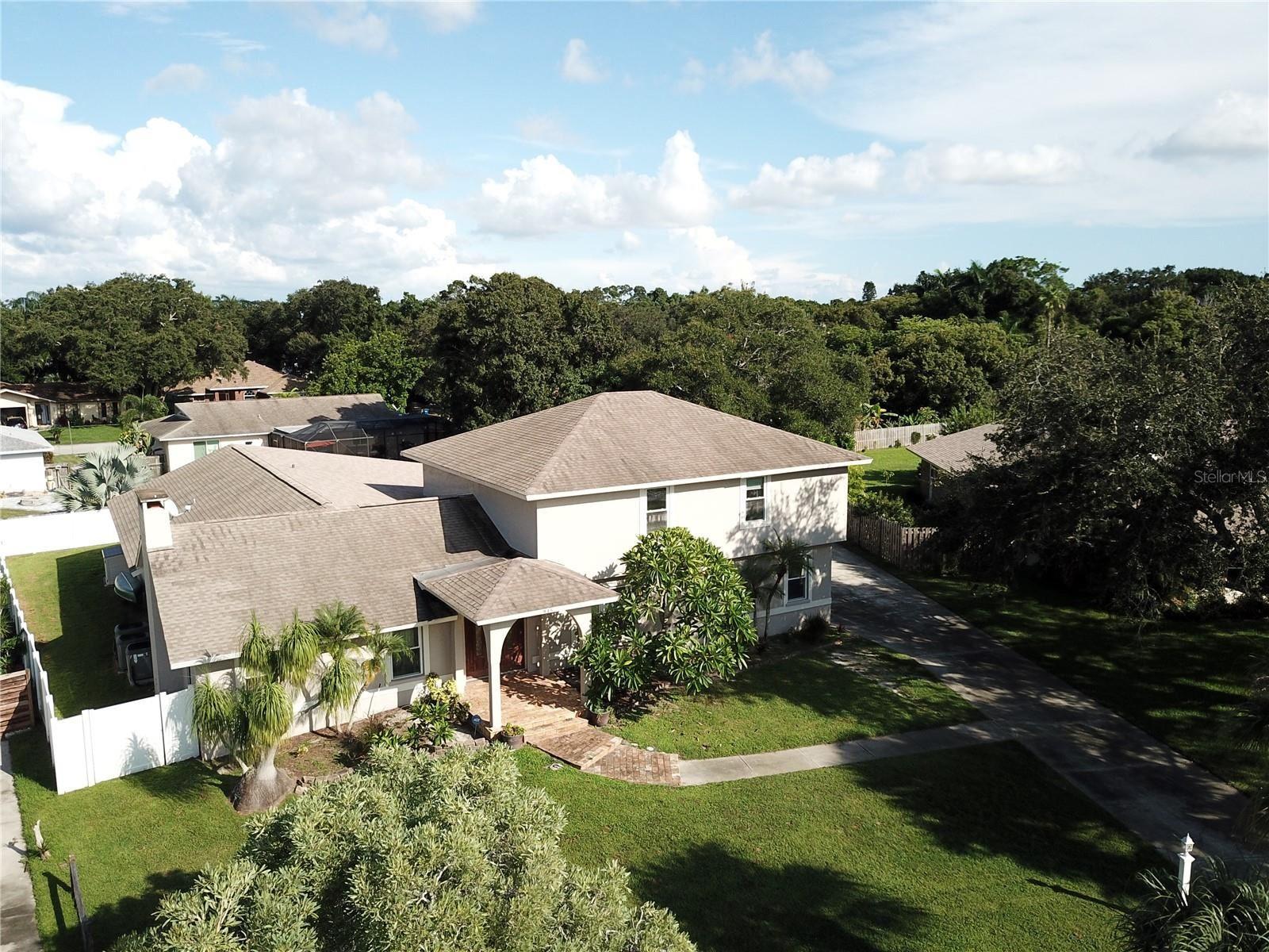 Photo of 915 CIMARRON CIRCLE, BRADENTON, FL 34209 (MLS # A4513611)