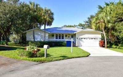 Photo of 4410 FRIAR TUCK LANE, SARASOTA, FL 34232 (MLS # A4484613)