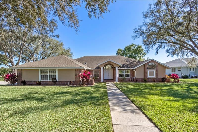 Photo of 8536 DORAL DRIVE, CLERMONT, FL 34711 (MLS # G5026619)