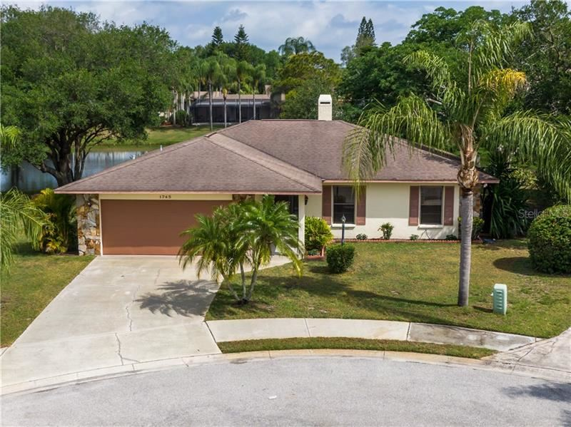 Photo of 1745 COUNTRY MEADOWS DRIVE, SARASOTA, FL 34235 (MLS # A4497620)