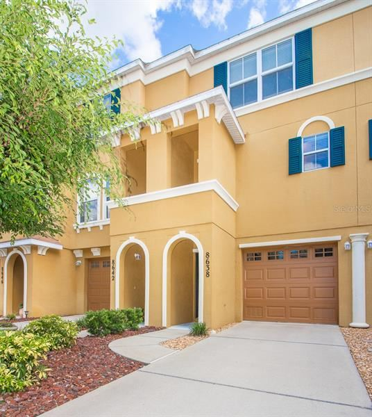 Photo of 8638 MAJESTIC ELM COURT COURT, LAKEWOOD RANCH, FL 34202 (MLS # A4467624)