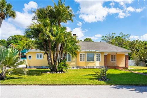 Photo of 111 SUNSET DRIVE, NOKOMIS, FL 34275 (MLS # N6109627)