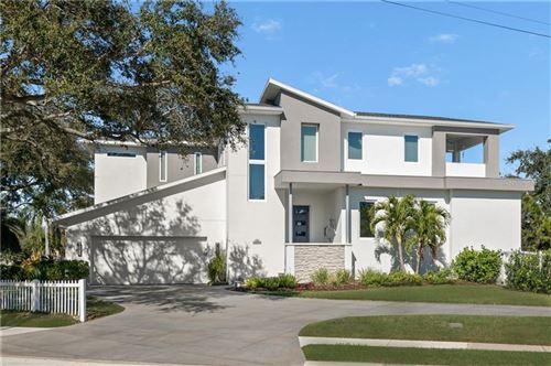 Photo of 721 MONTEREY BOULEVARD NE, ST PETERSBURG, FL 33704 (MLS # U8110628)