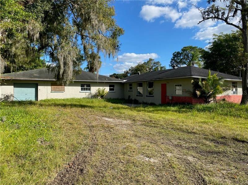 Photo of 5425 16TH STREET E, BRADENTON, FL 34203 (MLS # A4486630)