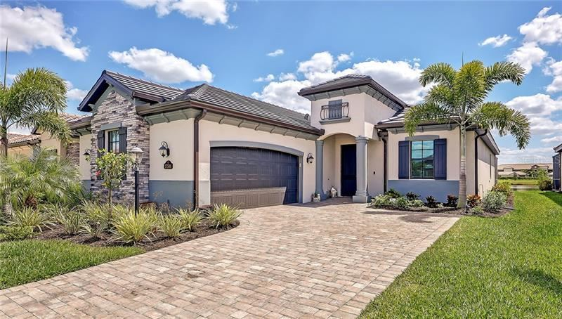Photo of 17506 HICKOK BELT LOOP, LAKEWOOD RANCH, FL 34211 (MLS # A4496630)