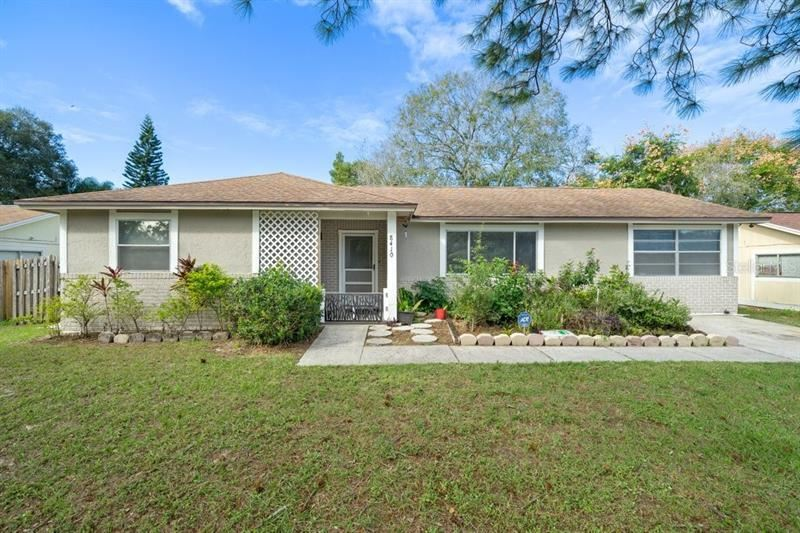 8410 RENALD BOULEVARD, Temple Terrace, FL 33637 - MLS#: T3277631