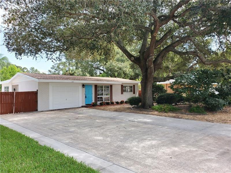 1305 S BETTY LANE, Clearwater, FL 33756 - #: U8097631