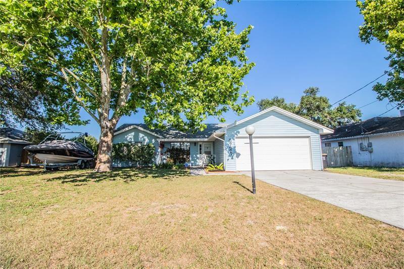 6724 LEMON TREE DRIVE, Lakeland, FL 33813 - MLS#: L4922633