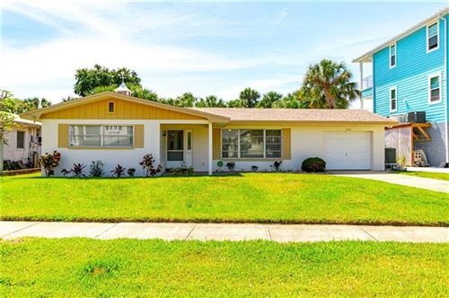 Photo of 732 BAY ESPLANADE, CLEARWATER, FL 33767 (MLS # U8083634)