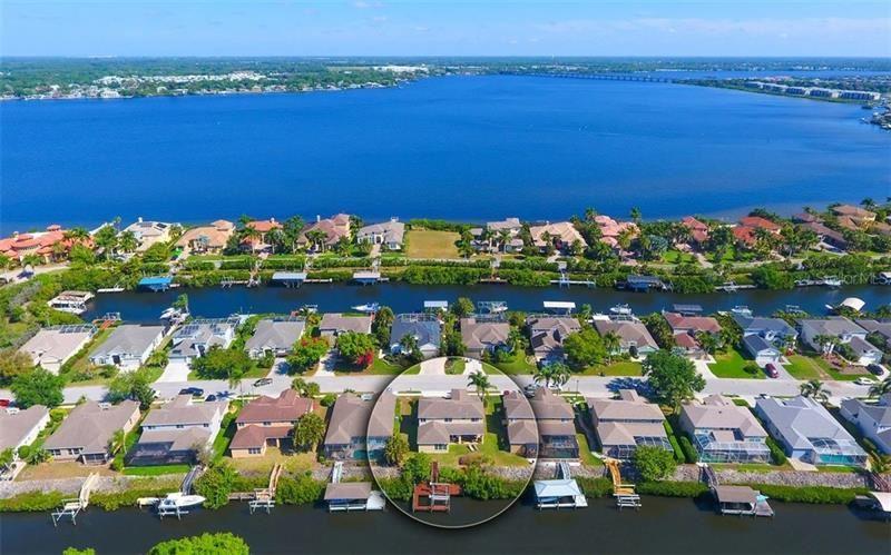 Photo of 3716 5TH AVENUE NE, BRADENTON, FL 34208 (MLS # A4466634)
