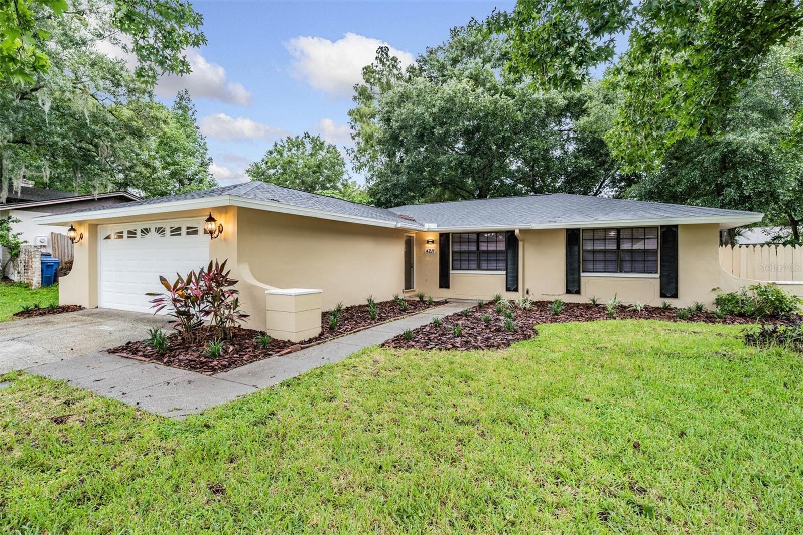 4211 BRIARBERRY LANE, Tampa, FL 33624 - MLS#: T3323634