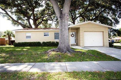 Photo of 206 S OLD COACHMAN ROAD, CLEARWATER, FL 33765 (MLS # U8099636)