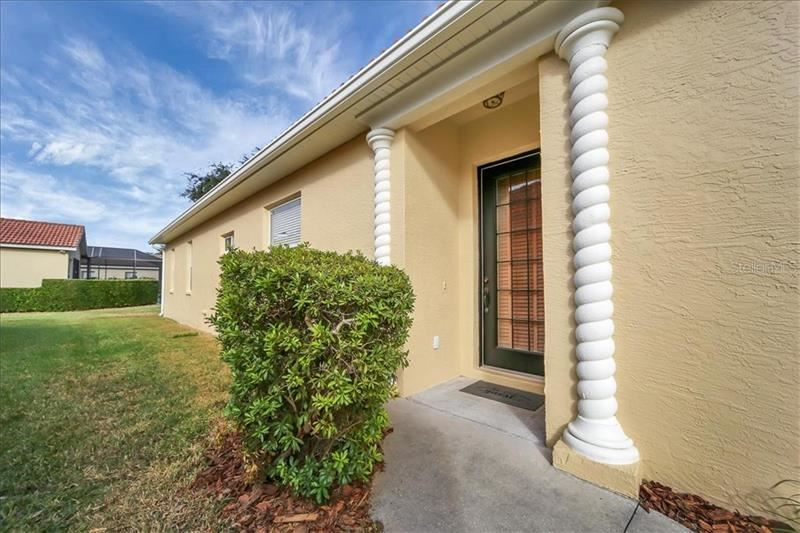 Photo of 6230 SKYWARD COURT, BRADENTON, FL 34203 (MLS # A4488636)