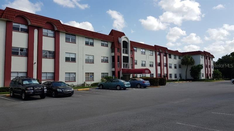1860 MASSACHUSETTS AVENUE NE #115, Saint Petersburg, FL 33703 - MLS#: T3253638
