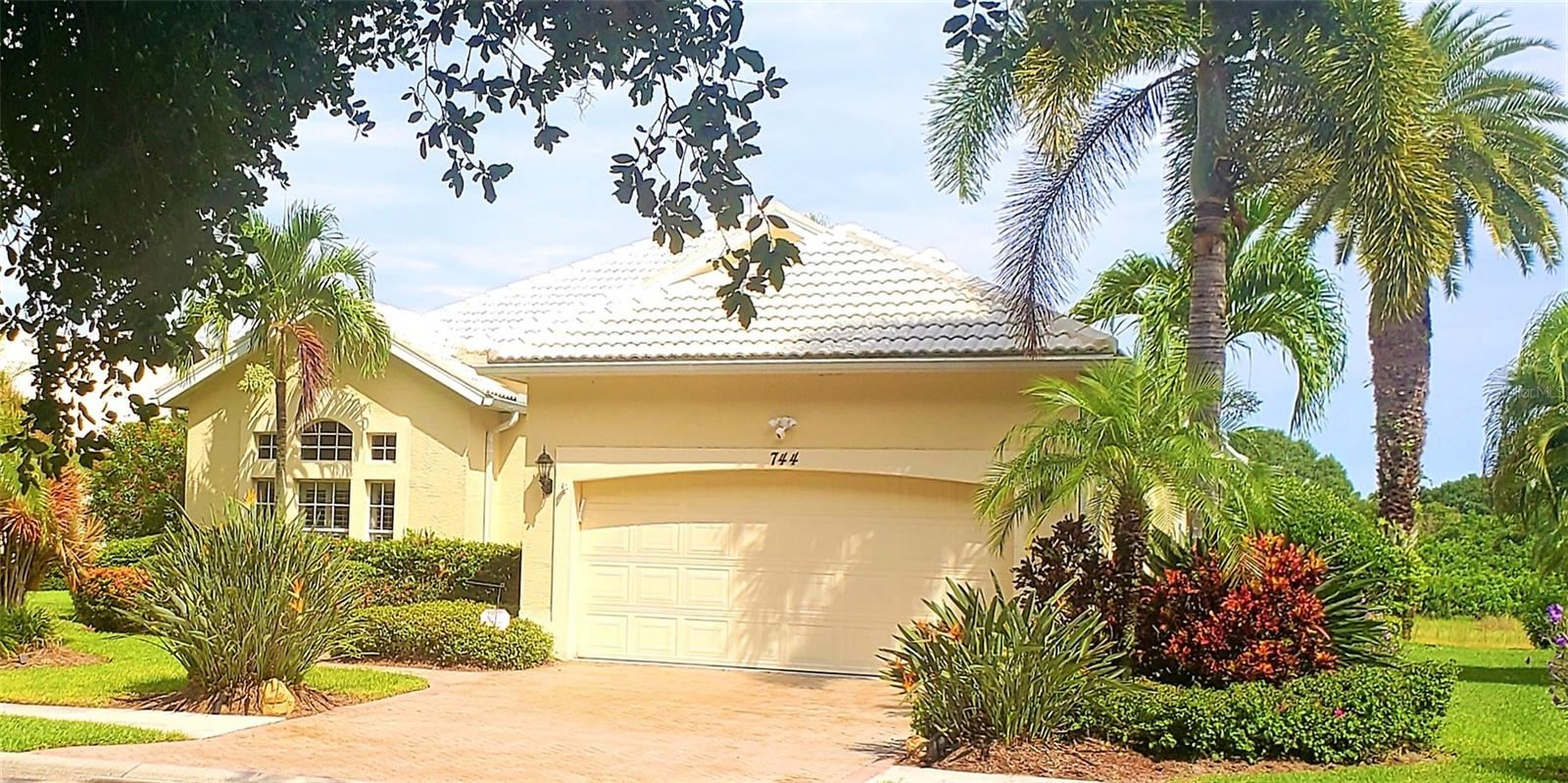 Photo of 744 GRASSY OAKS DRIVE, VENICE, FL 34293 (MLS # N6117642)