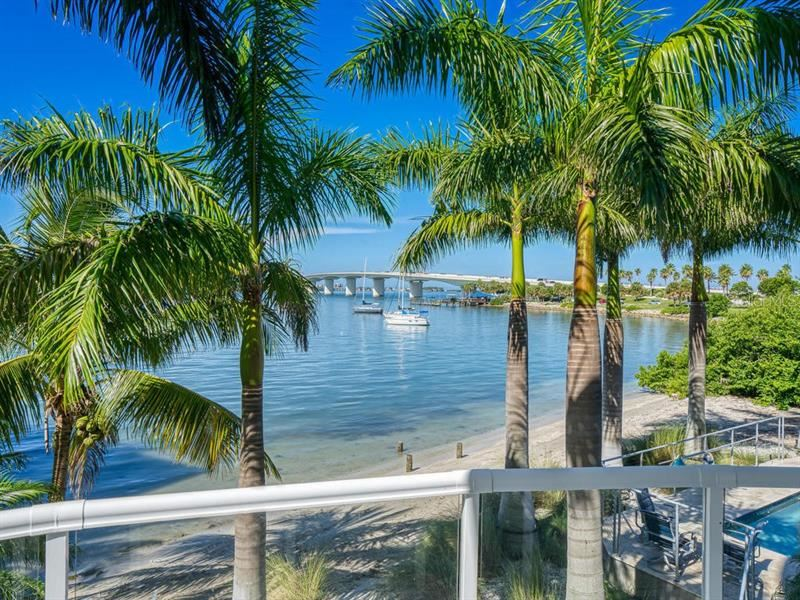 Photo of 136 GOLDEN GATE POINT #102, SARASOTA, FL 34236 (MLS # A4474647)