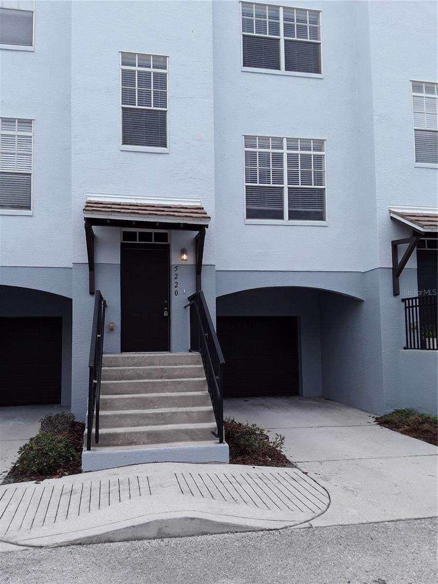 5220 OLMSTEAD BAY PLACE, Tampa, FL 33611 - MLS#: T3313649
