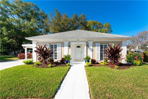 Photo of 2 BAHAMA CIRCLE, ENGLEWOOD, FL 34223 (MLS # D6115654)