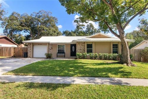 Photo of 819 ASH LANE, ALTAMONTE SPRINGS, FL 32714 (MLS # O5831655)