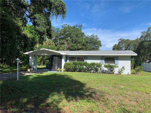 Photo of 380 FALKLAND ROAD, VENICE, FL 34293 (MLS # N6117657)