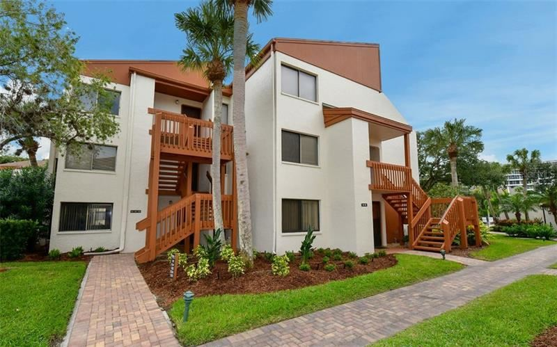 Photo of 1500 COVE II PLACE #524, SARASOTA, FL 34242 (MLS # A4478657)