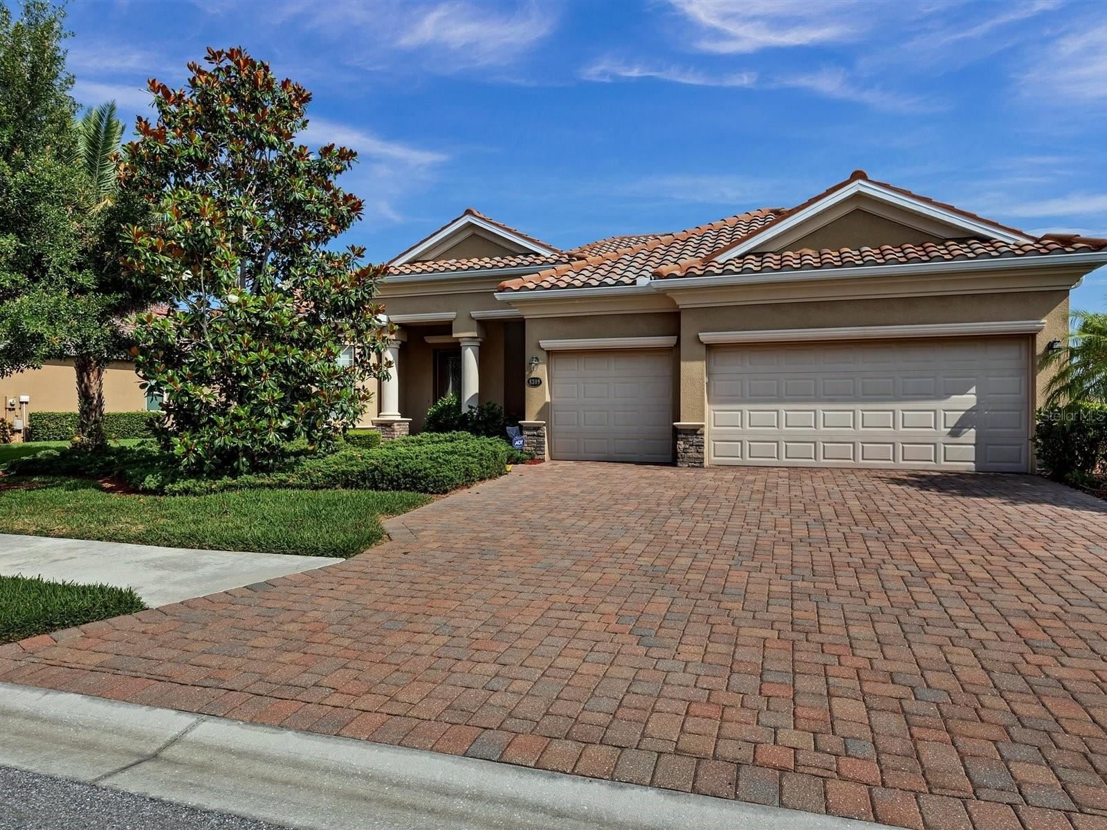 8309 HERITAGE GRAND PLACE, Bradenton, FL 34212 - MLS#: A4499664