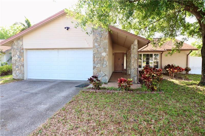 6505 W LONGBOAT BOULEVARD, Tampa, FL 33615 - #: T3300664