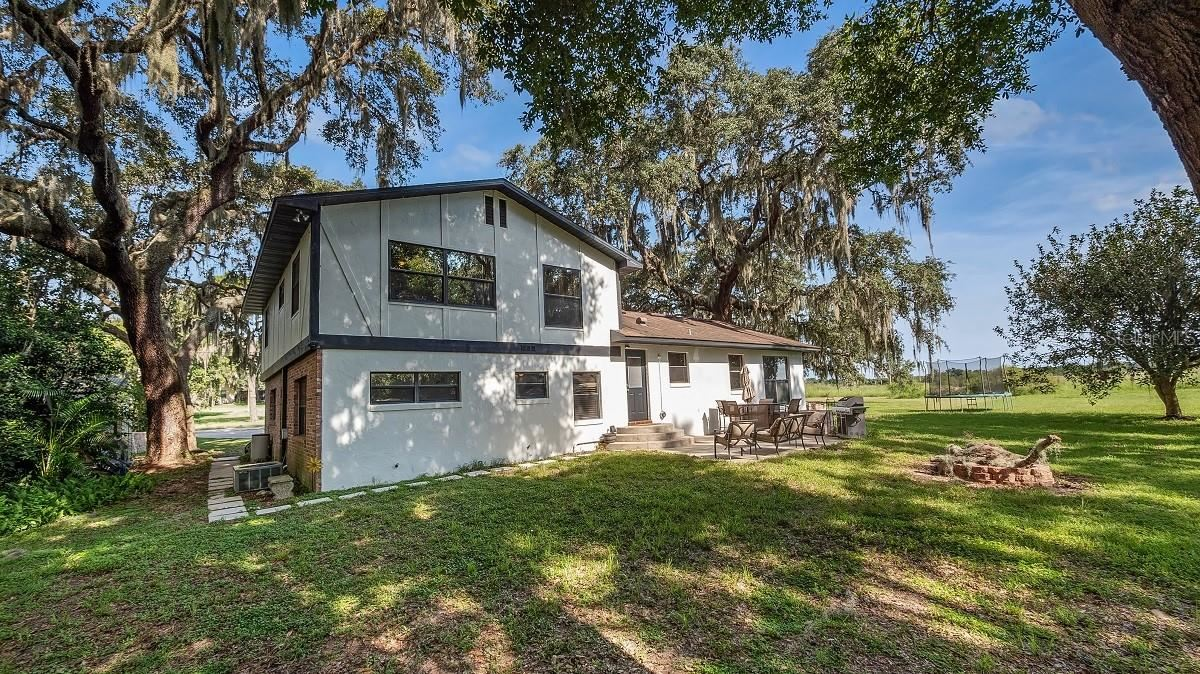 1102 N TEMPLE AVENUE, Howey in the Hills, FL 34737 - #: G5044667