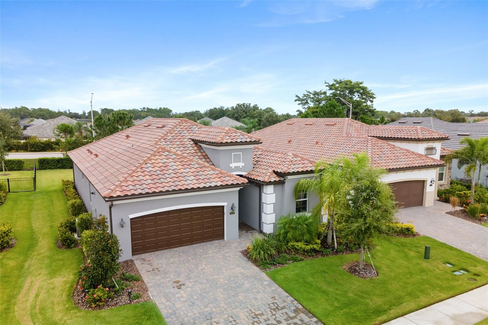 Photo of 12315 PERENNIAL PLACE, LAKEWOOD RANCH, FL 34211 (MLS # A4512668)