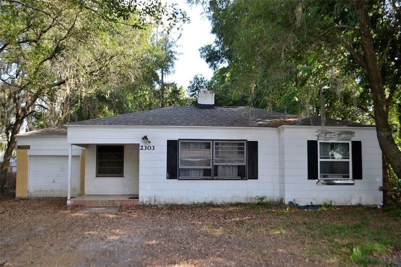 2303 BUTLER STREET, Leesburg, FL 34748 - MLS#: G5041668