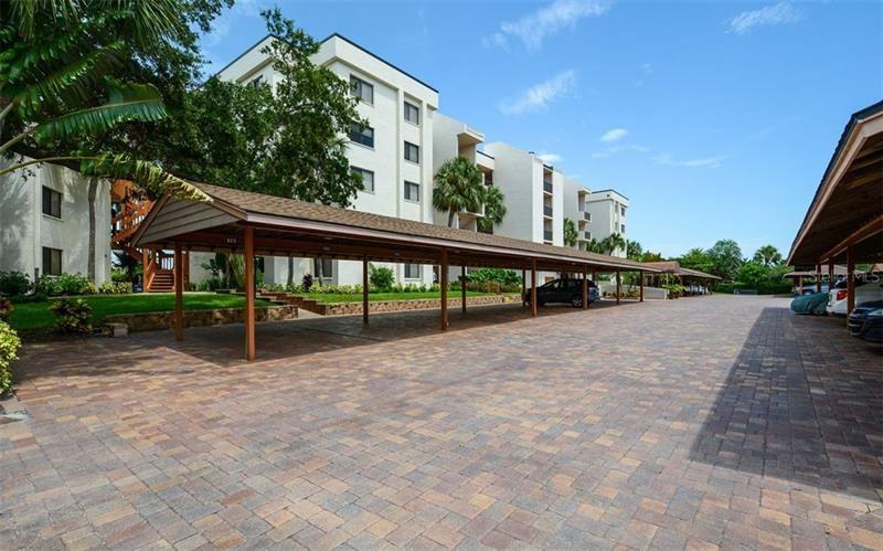 Photo of 1100 COVE II PLACE #911, SARASOTA, FL 34242 (MLS # A4473669)