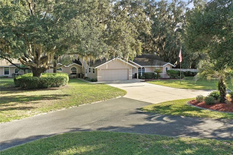 1300 SPRING LAKE ROAD, Fruitland Park, FL 34731 - #: G5019669
