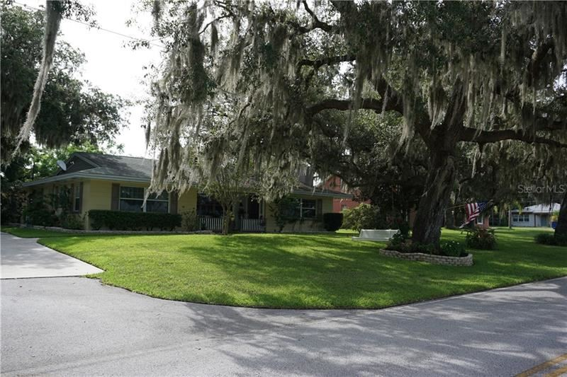 406 S FLORIDA AVENUE, Howey in the Hills, FL 34737 - #: G5030674