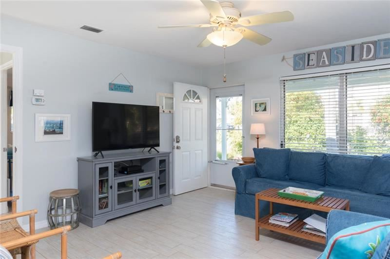 Photo of 900 S BLVD OF PRESIDENTS #4, SARASOTA, FL 34236 (MLS # A4452675)