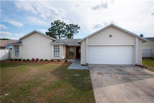 Photo of 111 ROSEWOOD COURT, KISSIMMEE, FL 34743 (MLS # T3300676)