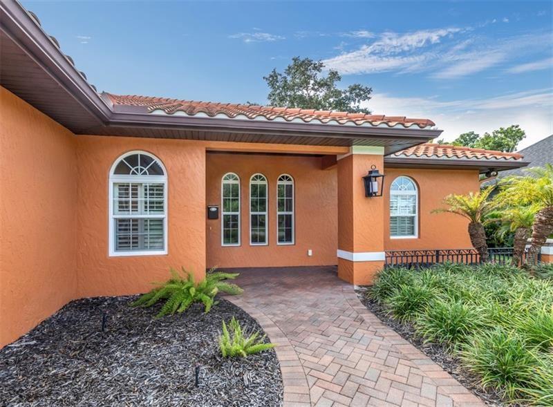 Photo of 416 PENSACOLA ROAD, VENICE, FL 34285 (MLS # N6112676)