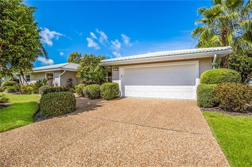 Photo of 537 SPINNAKER LANE, LONGBOAT KEY, FL 34228 (MLS # A4452678)
