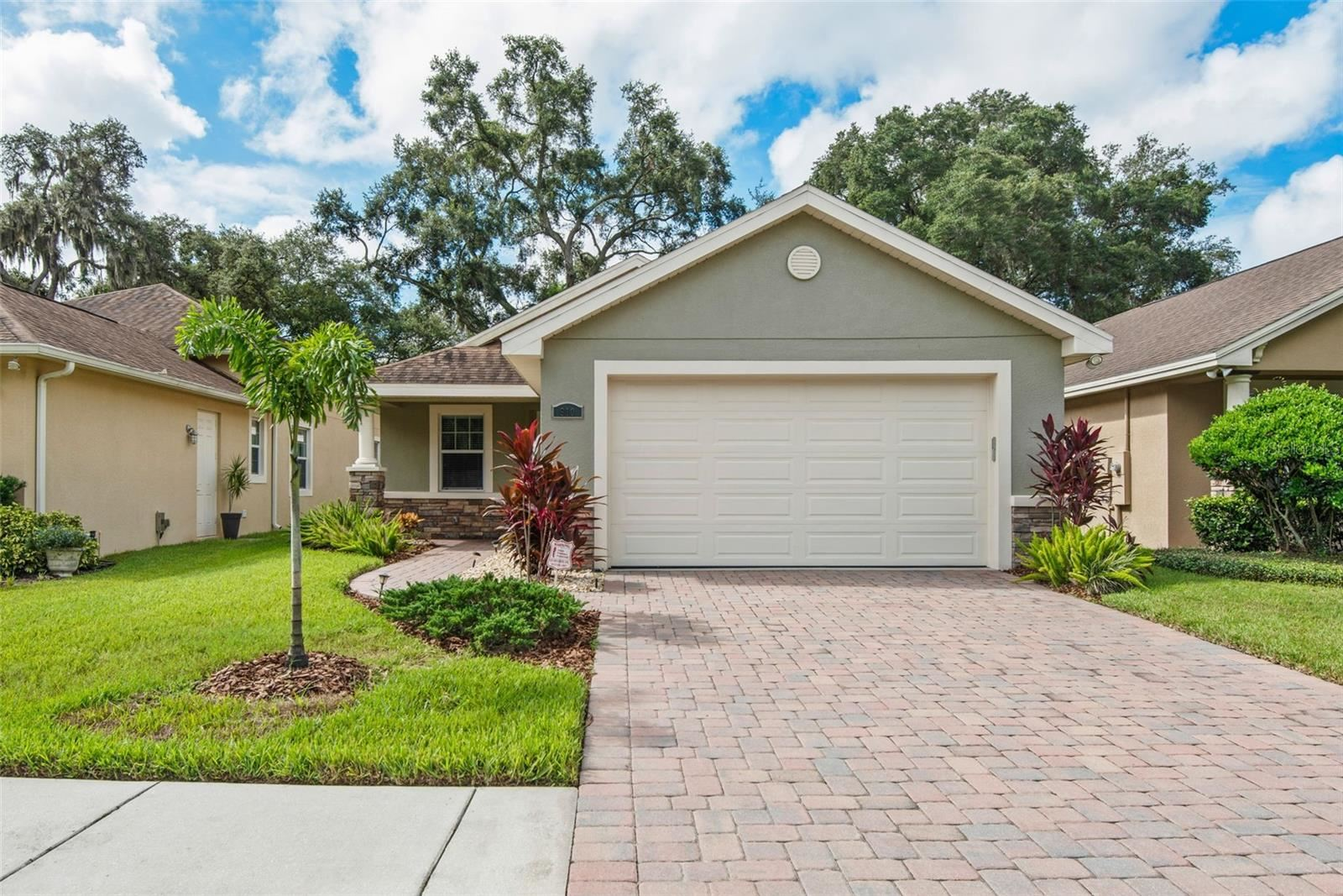 910 OAK STONE DRIVE, Tampa, FL 33613 - #: T3330678