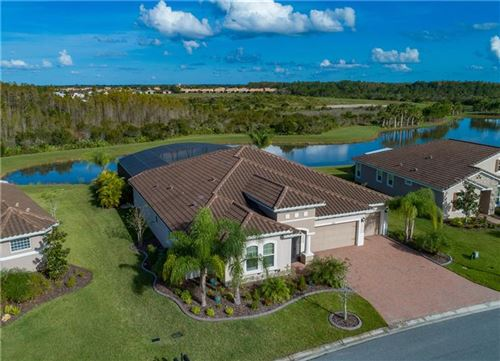 Photo of 575 SAN RAPHAEL STREET, KISSIMMEE, FL 34759 (MLS # A4449679)