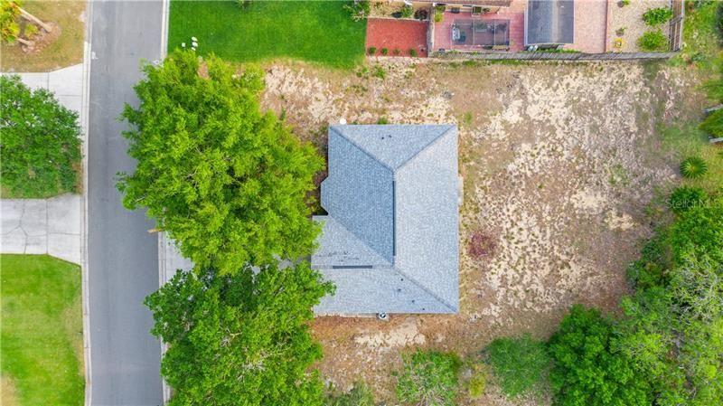 Photo of 542 BENT OAK LOOP, DAVENPORT, FL 33837 (MLS # S5048679)