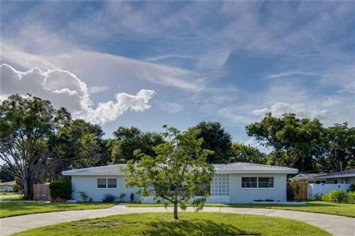 Photo of 1750 MEREDITH LANE, BELLEAIR, FL 33756 (MLS # U8098681)