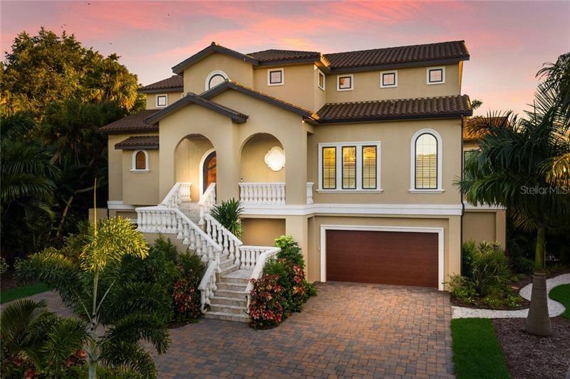 930 WHITAKERS LANE, Sarasota, FL 34236 - #: A4485681