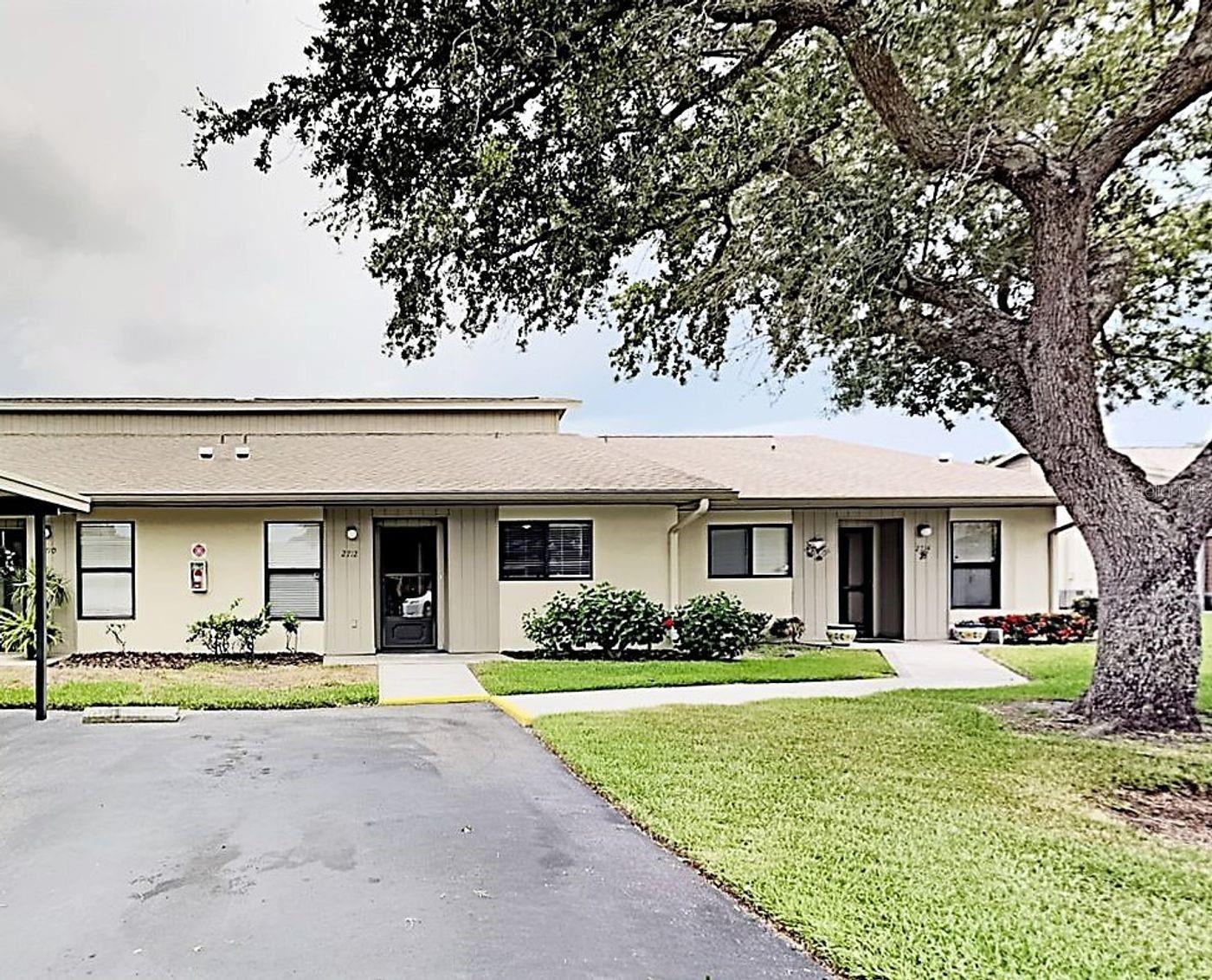 Bradenton, FL 34207
