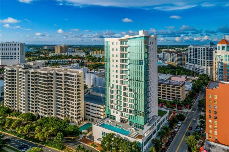 Photo of 1301 MAIN STREET #502, SARASOTA, FL 34236 (MLS # A4486685)