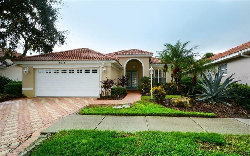 5075 HANGING MOSS LANE, Sarasota, FL 34238 - #: A4478695