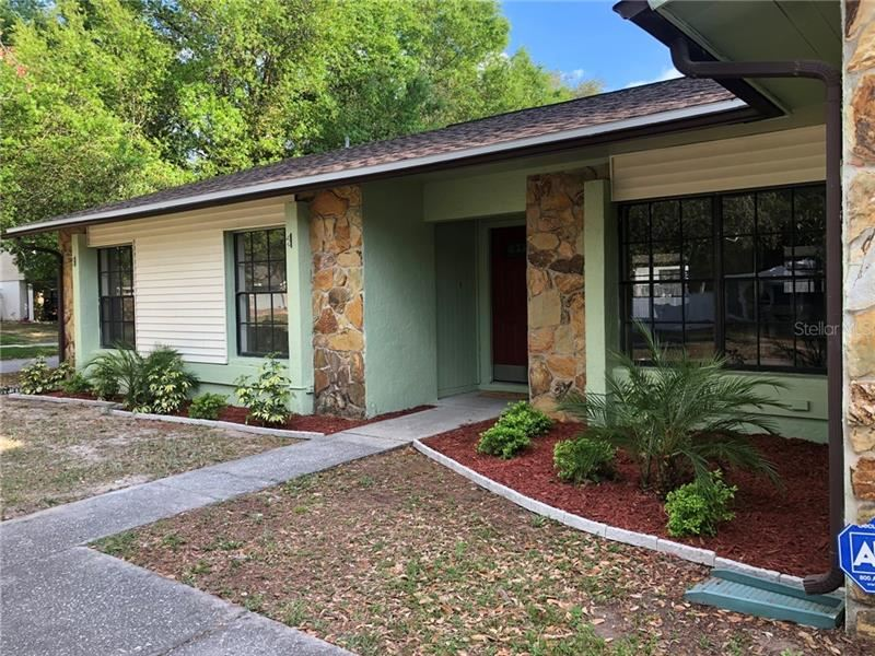 7911 SHORE BLUFF COURT, Temple Terrace, FL 33637 - #: T3231700