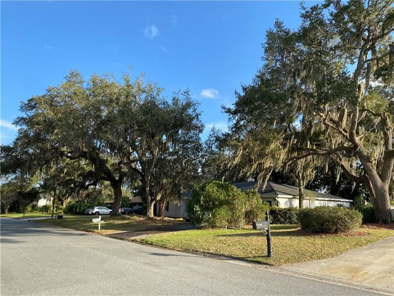 Photo of 1584 SKYLINE DRIVE, KISSIMMEE, FL 34744 (MLS # O5906702)
