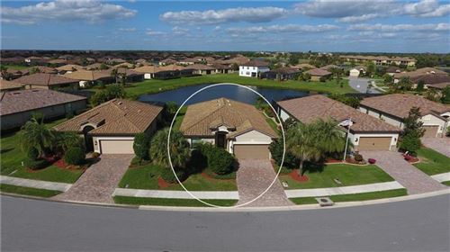 Photo of 6885 WILLOWSHIRE WAY, BRADENTON, FL 34212 (MLS # A4482705)