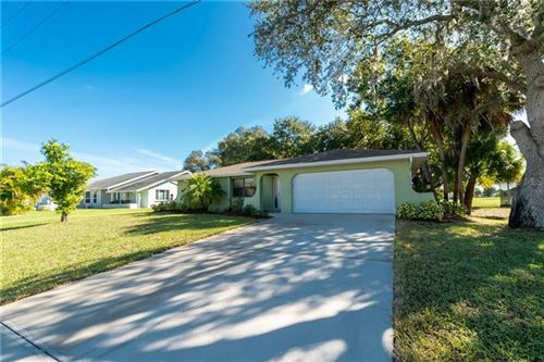 Photo of 62 BUNKER LANE, ROTONDA WEST, FL 33947 (MLS # D6109707)